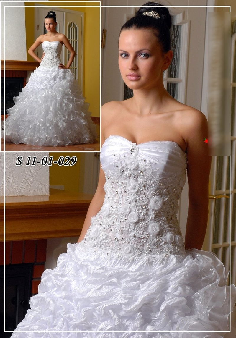 Продам: свадебное платье! СО СТРАЗАМИ - Купить: свадебное платье