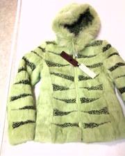 продам меховую куртку (кролик) новая